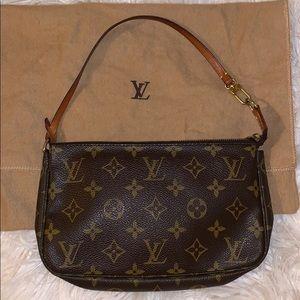 Authentic Louis Vuitton Pouchette Monogram Bag